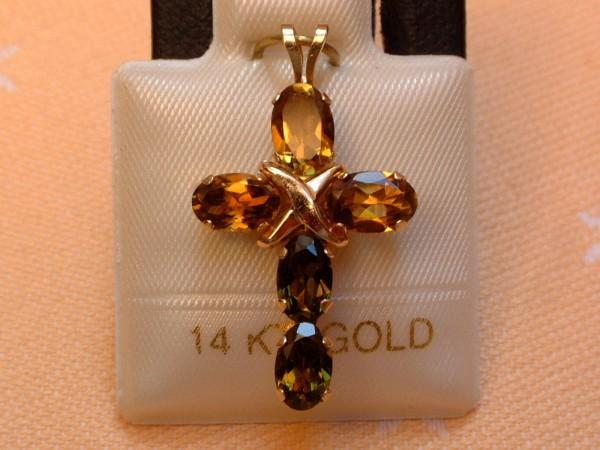 Exclusives Designer Turmalin Kreuz - 2,50 ct. - cognac / grün - 14 Kt. Gold 585 - TOP -