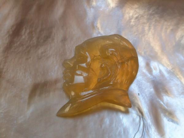 Opal - Carving - Schnitzerei - ca. 25 x 19 mm - ca. 8,85 ct. - Unikat - EDEL