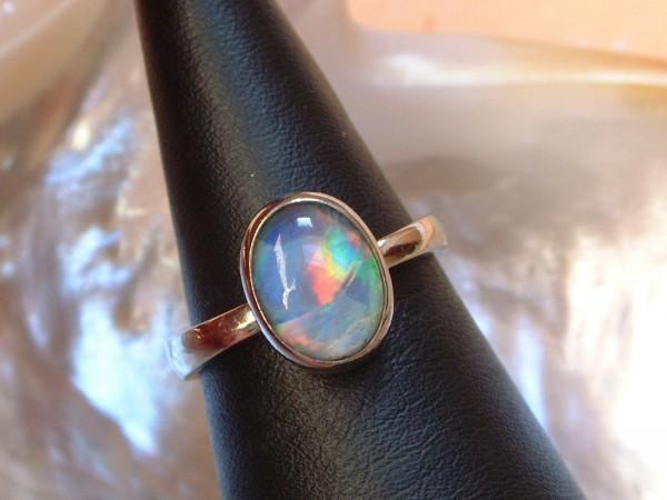 Exclusiver Opal Ring - in 18 Kt. Weißgold - 750 - Cabochon Schliff - second hand - Gr. 54