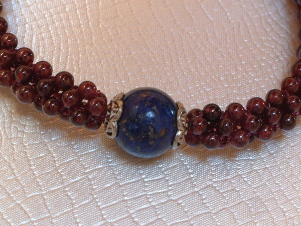 Exclusives Lapis Lazuli & Granat Armband - geknüpft - Sterling Silber - 925 -