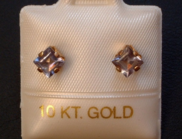 Feinste Iolith Ohrstecker Ohrringe - 4 x 4 mm - 10 Kt Gold - 417 - Carré Schliff