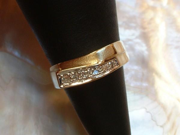 Exclusiver Damen Ring mit Brillanten - 14 Kt. Gold - 585 - second hand - Gr. 52 - TOP