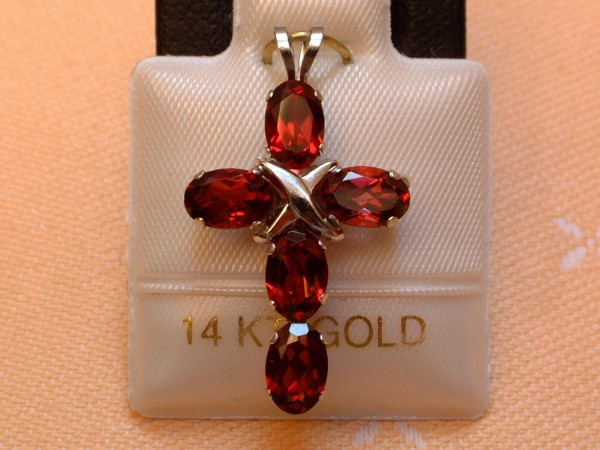 Exclusives Designer Granat Kreuz - 2,50 ct. - 14 Kt. Weißgold - 585 - TOP -